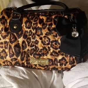 Betsey Johnson cheetah print purse like new